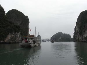 No.002 「ハロン湾」