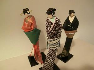 No.052 「母作の懐かしき紙人形」