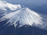 no65 冠雪の富士を上空から