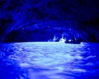 No.092 青の洞窟に漂う